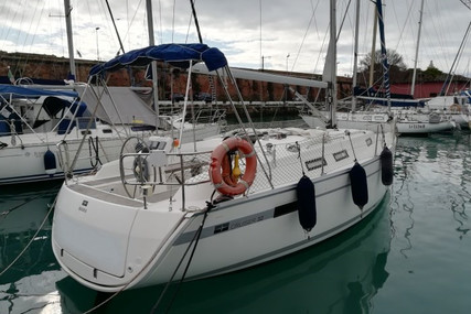 Bavaria Yachts 32 for sale in Italy for €65,000 (£59,068)