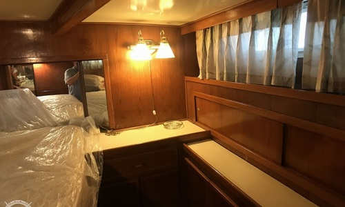 Image of Chris-Craft 470 Commander for sale in United States of America for $68,000 (£52,133) Cayuga, New York, United States of America