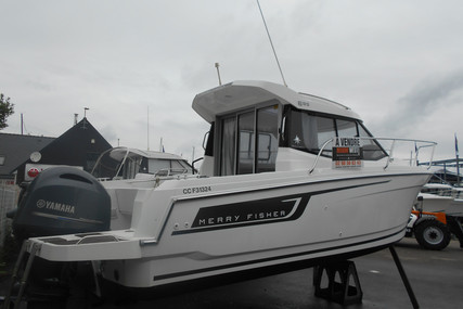 Jeanneau Merry Fisher 695 for sale in France for €36,000 (£32,227)