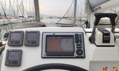 Image of Lagoon 380 for sale in Greece for £170,000 Greece