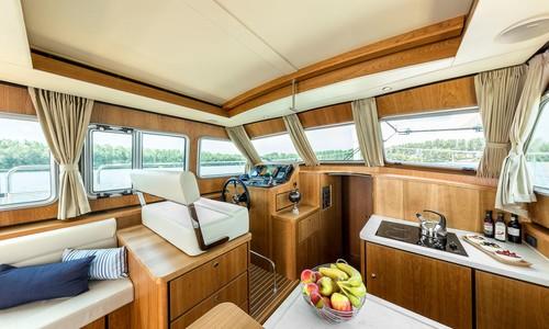 Image of Linssen Grand Sturdy 40.0 Sedan for charter in Netherlands from €2,410 / week Kortgene, Netherlands