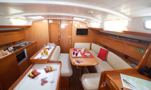 Image of Beneteau Cyclades 50.5 for sale in Greece for £110,000 Greece