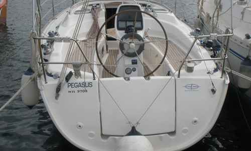 Image of Bavaria Yachts 31 for sale in Greece for £37,500 Greece