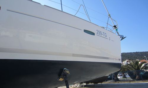 Image of Beneteau Oceanis 40 for sale in Croatia for £89,000 Croatia
