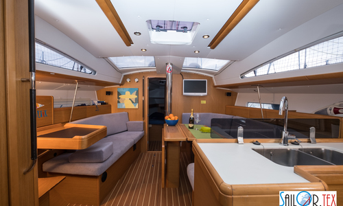 Image of Jeanneau Sun Odyssey 42 DS for sale in Italy for £170,000 Italy