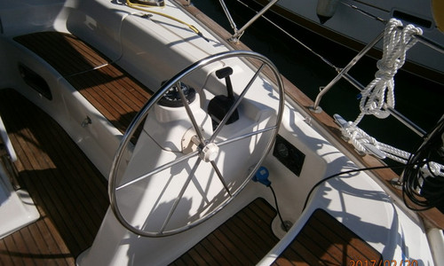 Image of Bavaria Yachts 47 for sale in Greece for £80,000 Greece