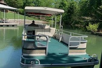 Weeres 28 Sundeck Series 280-23 for sale in United States of America for $16,750 (£13,270)