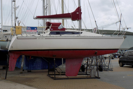 Jeanneau 29 for sale in United Kingdom for £14,500