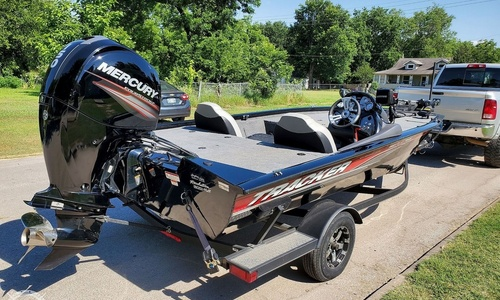 Image of Tracker PRO TEAM 195 TXW 40th Anniversary Edition for sale in United States of America for $26,250 (£21,027) Okmulgee, Oklahoma, United States of America