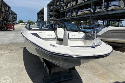 Sea Ray 210 SPX for sale in United States of America for $57,800 (£44,132)