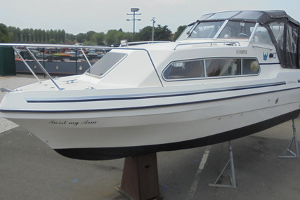 Viking Yachts 22 Wide Beam for sale in United Kingdom for £16,995