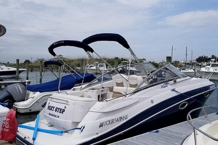 Four Winns 258 Vista for sale in United States of America for $37,500 (£30,024)