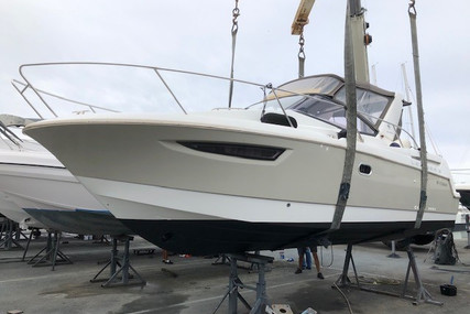 Jeanneau Leader 8 for sale in France for €84,500 (£76,037)