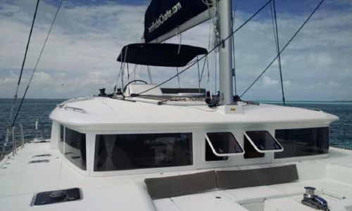 Image of Lagoon 450 for sale in Bahamas for $369,000 (£260,737) Bahamas
