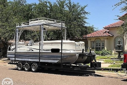 Bennington 2575 RL for sale in United States of America for $33,800 (£25,720)