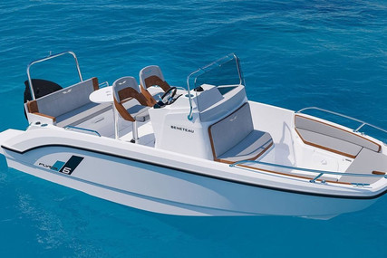 Beneteau Flyer 6 Spacedeck for sale in France for €40,900 (£36,832)