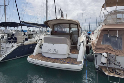 Prestige 38 S for sale in France for €135,000 (£121,602)