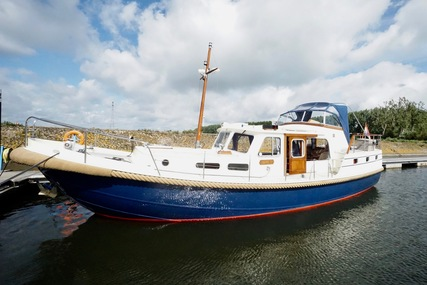 Gillissen Vlet 1210 AK for sale in Netherlands for €125,000 (£113,593)