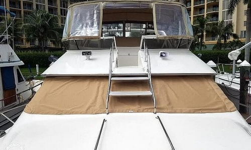 Image of Sea Ray 440 Express Bridge for sale in United States of America for $78,600 (£61,671) North Fort Myers, Florida, United States of America