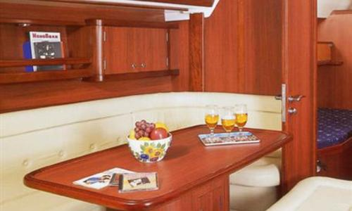 Image of Ocean Star 51.2 for sale in Greece for €135,000 (£117,296) Greece