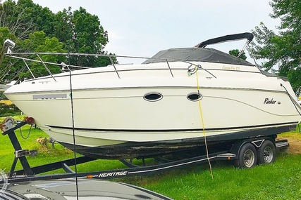 Rinker Fiesta Vee 270 for sale in United States of America for $22,750 (£18,215)