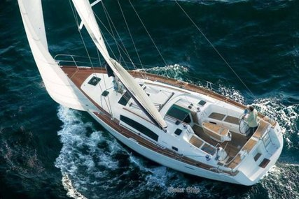 Beneteau Oceanis 40 for sale in France for €102,000 (£91,884)