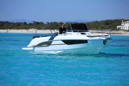 Beneteau Flyer 7.7 Sundeck for sale in Italy for €53,000 (£47,740)