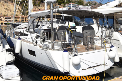 Jeanneau 54 for sale in Spain for €398,000 (£359,534)