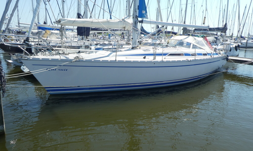 Image of Bavaria Yachts 42 Caribic for sale in Netherlands for €59,500 (£54,228) Compagnieshaven Enkhuizen, Netherlands