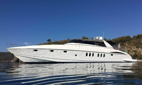 Image of Mangusta ALALUNGA SPORT 85 for sale in Italy for €570,000 (£490,931) Lazio, Formia, Italy