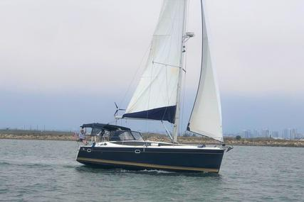 Hunter 37 for sale in United States of America for $184,000 (£134,487)