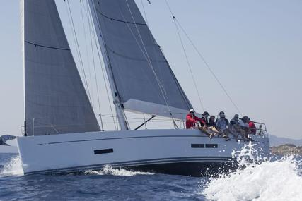 Solaris 44 for sale in Italy for €385,000 (£345,996)