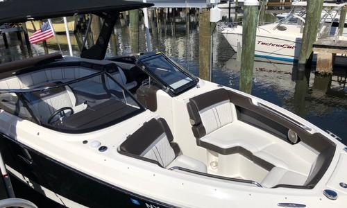 Image of Sea Ray 280 SLX for sale in United States of America for $129,900 (£99,182) Plattsburgh, NY, United States of America
