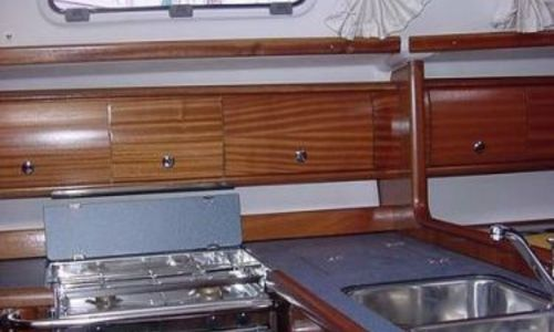 Image of Bavaria Yachts 36 for sale in France for €92,000 (£84,044) Sud , France