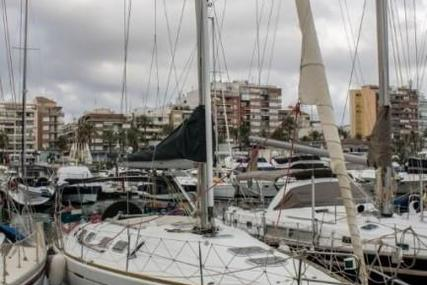 Beneteau First 42S7 for sale in Spain for 64 000 € (58 409 £)