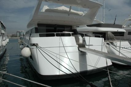 Cantieri di Pisa Akhir 32 for sale in Greece for €890,000 (£773,785)