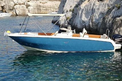 Invictus 240FX for sale in Spain for €55,000 (£47,371)