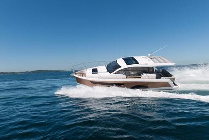 Sealine C330 for sale in Malta for €209,950 (£189,081)