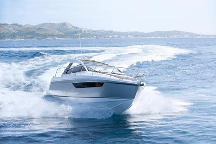 Sealine S330 for sale in Malta for €189,950 (£163,321)