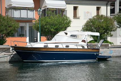 Apreamare 32 Comfort for sale in Italy for €119,000 (£108,325)