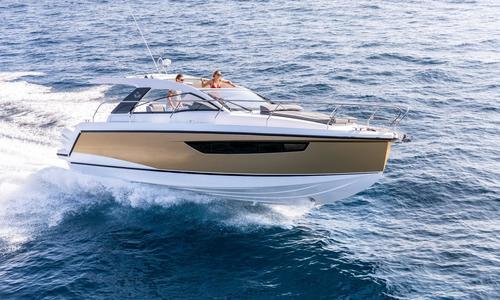 Image of Sealine S330V for sale in Malta for €139,950 (£127,819) Valletta, , Malta