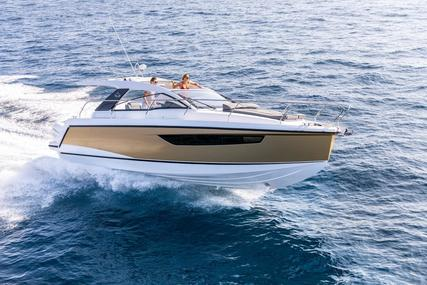 Sealine S330V for sale in Malta for €139,950 (£127,550)