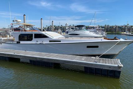 MIDNIGHT LACE Rumrunner 44 for sale in United States of America for $130,000 (£103,139)