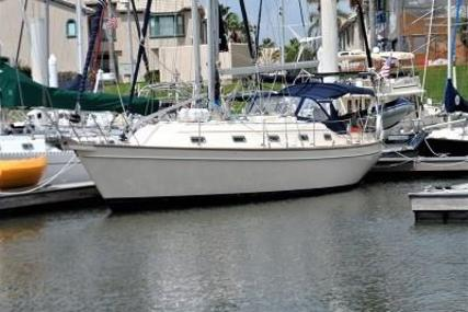 Island Packet 380 for sale in United States of America for $180,000 (£140,094)