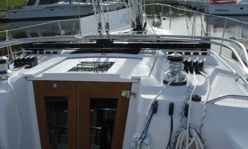 Image of Catalina 355 for sale in United States of America for $210,091 (£161,150) Kemah, TX, United States of America