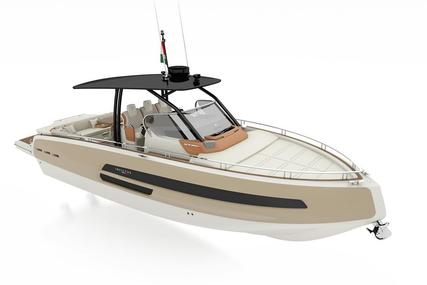 Invictus 370 GT for sale in Spain for €372,500 (£336,693)