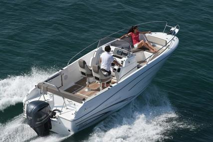 Jeanneau 7.5 CC SÉRIE 2 for sale in United Kingdom for €69,454 (£63,448)