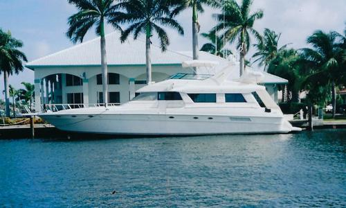 Image of Sea Ray 650 Cockpit Motor Yacht for sale in United States of America for $299,000 (£238,351) Fort Lauderdale, FL, United States of America