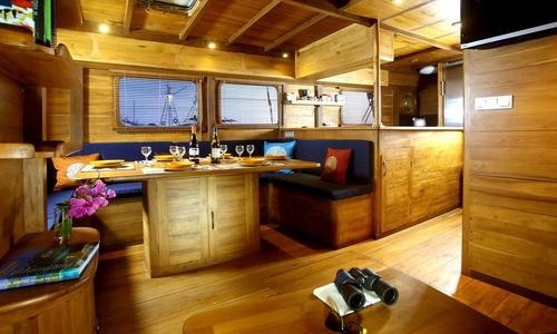 Image of 30m Luxury Phinisi for sale in Indonesia for $500,000 (£362,803) Indonesia