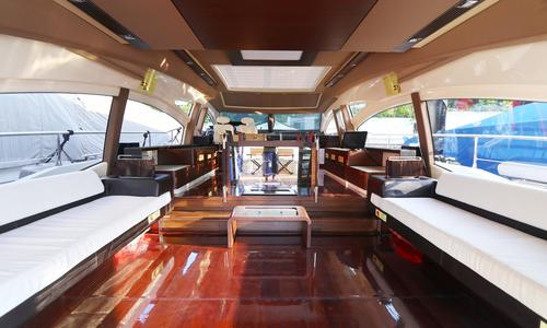 Image of Azimut Yachts 72S for sale in Hong Kong for €999,999 (£913,525) Hong Kong